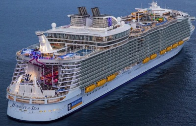 Royal Caribbean plans to turn cruise ships into high-tech