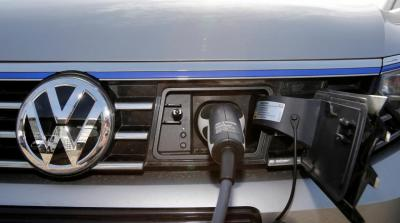 Shell partners with carmakers to bring ultra-fast electric