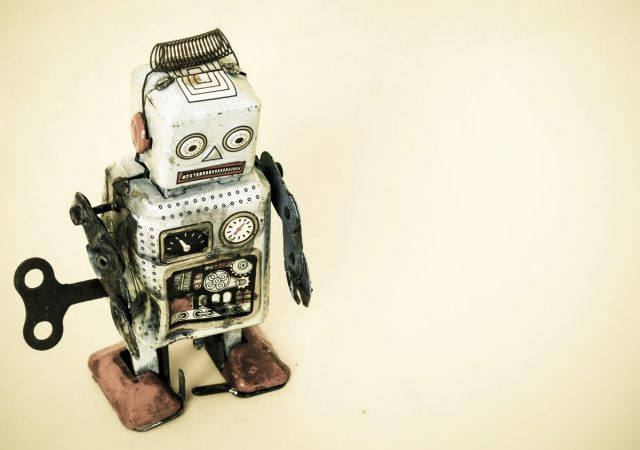 photo image 3 reasons chatbots didn't meet industry expectations in 2017