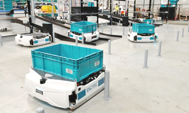 photo image Exotec debuts autonomous Skypod robots in French warehouse