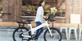 Flash ebike saves energy and makes biking smarter than driving