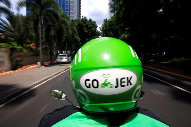 Indonesian Uber Rival Go-Jek Raised $1.5 Billion From