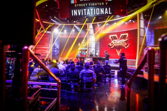 Eleague pairs Street Fighter V amateur open with its annual pro Invitational