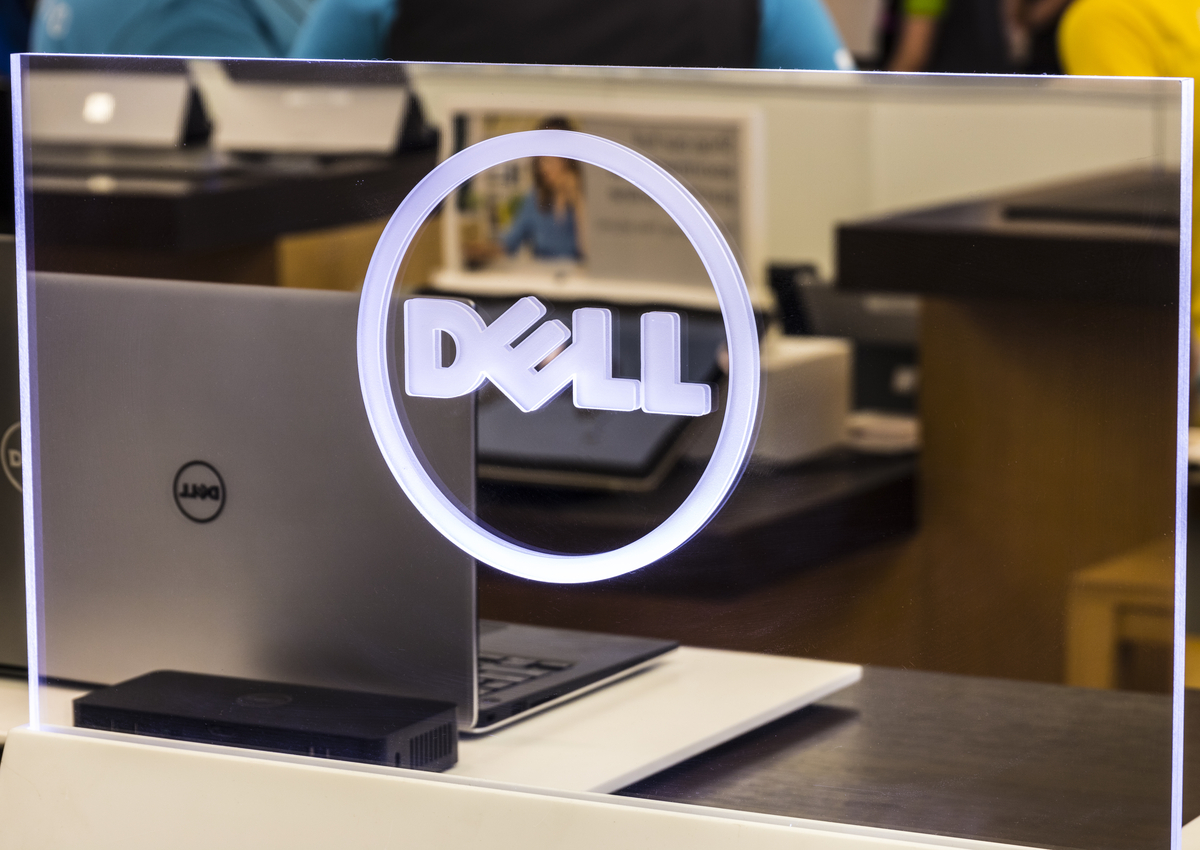 Dell Deals Another Dandy, Going Public Once Again