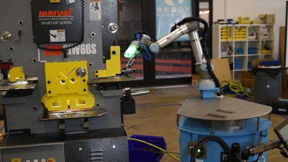 Ready Robotics' Taskmate machine