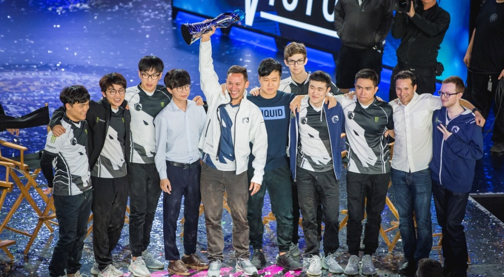 Steve Arhancet holds trophy as Team Liquid wins the spring finals for the North American LCS esports tournament.