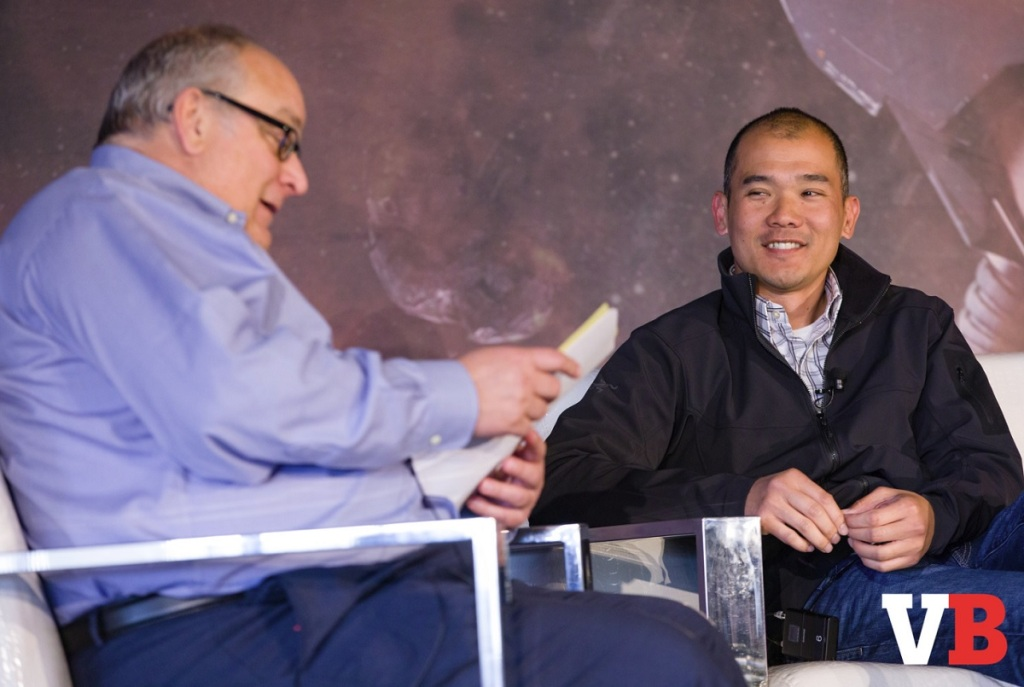 Mike Vorhaus of Magid Advisors talks with Randy Lee of Tencent.