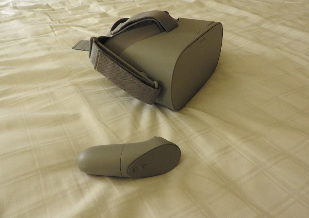 Oculus Go is very comfortable.
