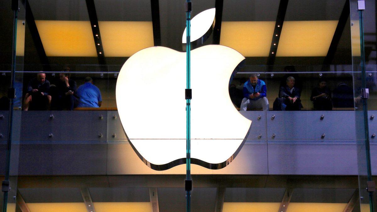Trump lambasts Apple's encryption stance on Pensacola iPhones