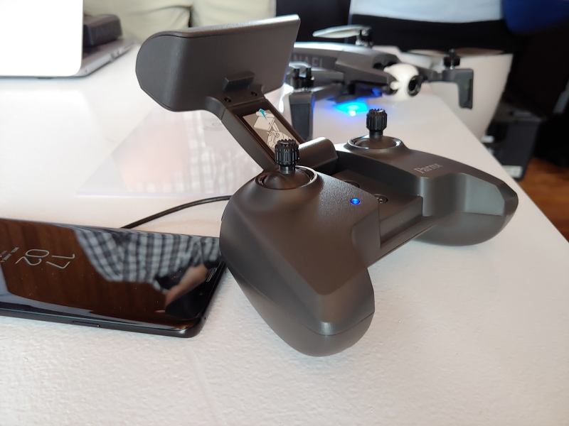 Parrot unveils 4K HDR foldable Anafi drone for $700 | VentureBeat