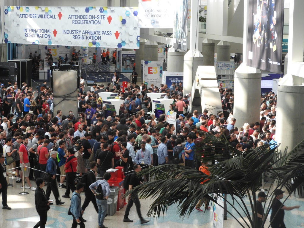The crowds at E3