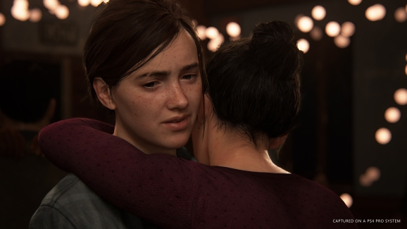 A kiss at a dance in The Last of Us Part II