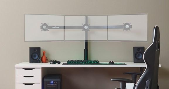 The Echogear triple-monitor desk mount.
