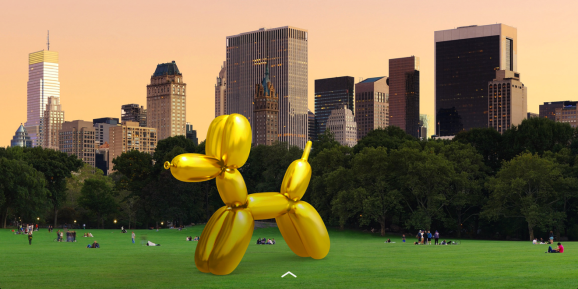 Jeff Koons' soon-to-be-vandalized AR sculpture