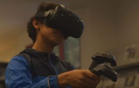 HTC Vive's new program will bring VR headsets to 100 libraries.