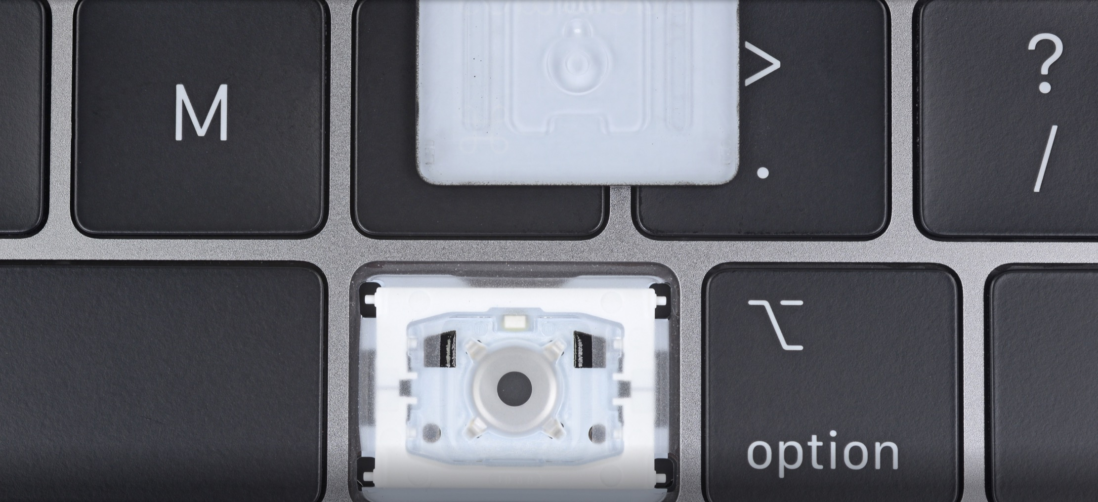 new product c42fe e5d8f Apple won't repair 2016-2017 MacBook Pros with 'quieter' 2018 ...