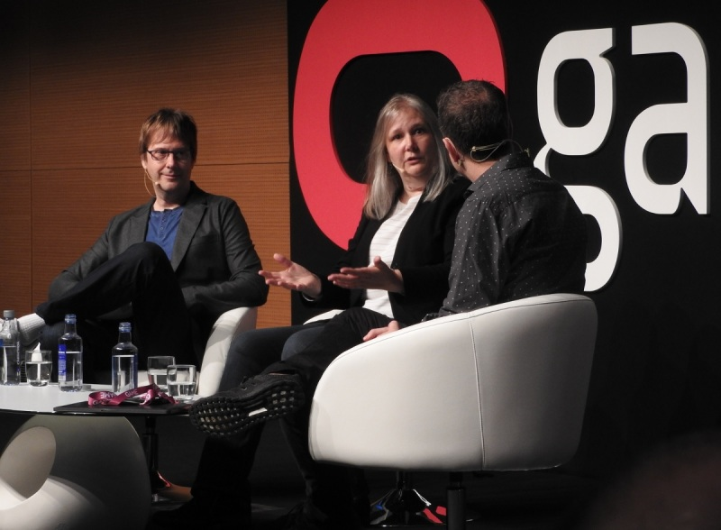 Amy Hennig (middle) left EA in January 2018 and is now running an independent game studio.