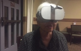 Dean Takahashi's mother gives the Oculus Go a whirl.