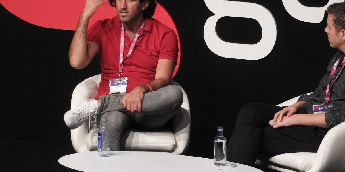 Josef Fares, CEO of Hazelight, speaks with Geoff Keighley at Gamelab.
