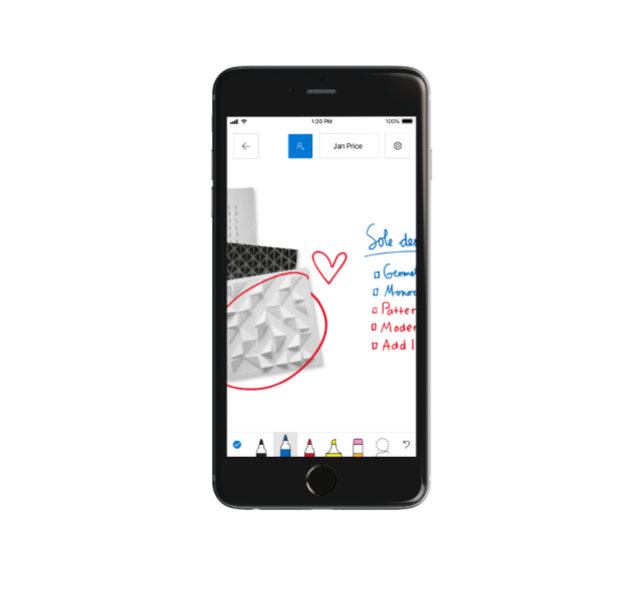 Microsoft's collaborative Whiteboard app arrives for ...