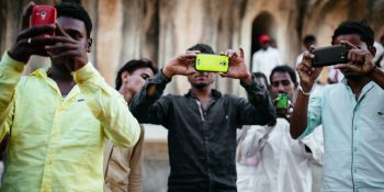Chinese smartphone makers are winning in India — the fastest growing market