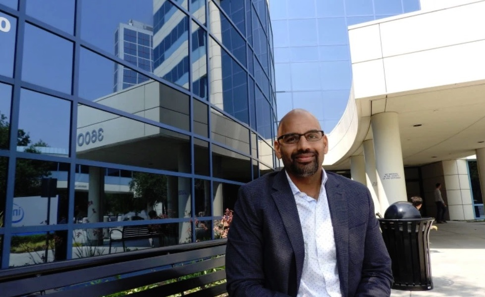 Naveen Rao is corporate vice president and general manager of the Artificial Intelligence Products Group at Intel.