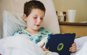 Gaming can help hospitalized children