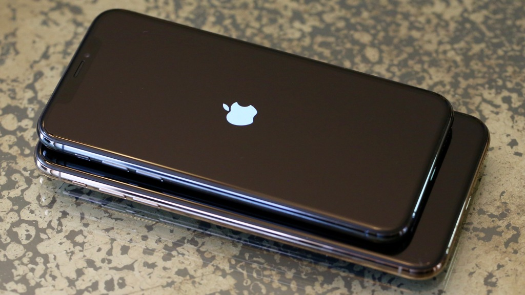 The 10 Point Iphone Xs And Iphone Xs Max Review Modest Steps
