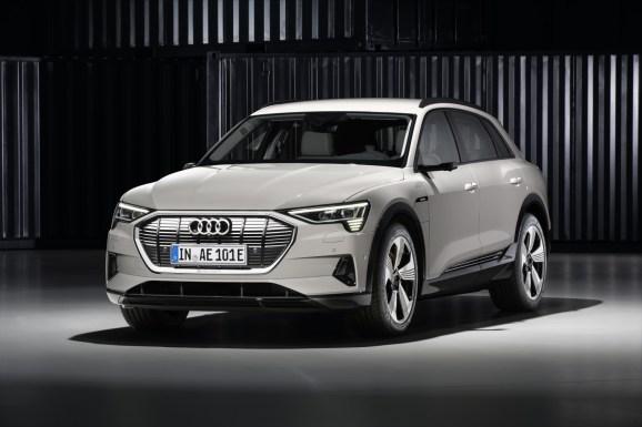 Small-Audi-e-tron-4643