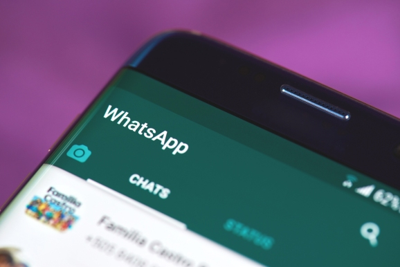 Whatsapp chat open on screen.