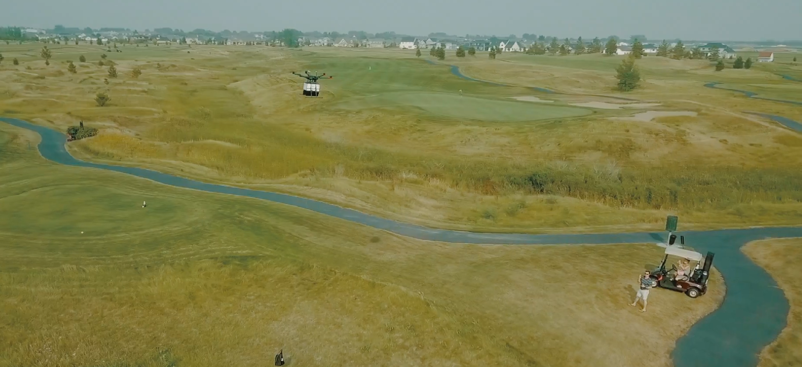 Flytrex Golf Delivers Food and Beverages to Hungry Golfers Via Drone