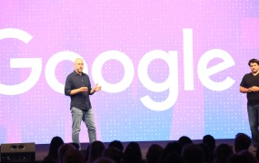 Google's Ben Galbraith and Dion Almaer onstage at Pluralsight Live