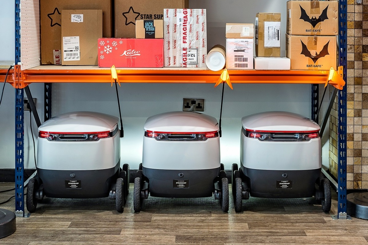 Starship raises $17 million to send autonomous delivery robots to new campuses
