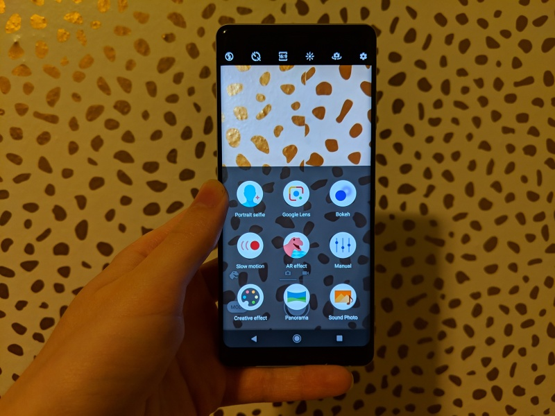 Sony Xperia XZ3 review: Not worth the price of admission