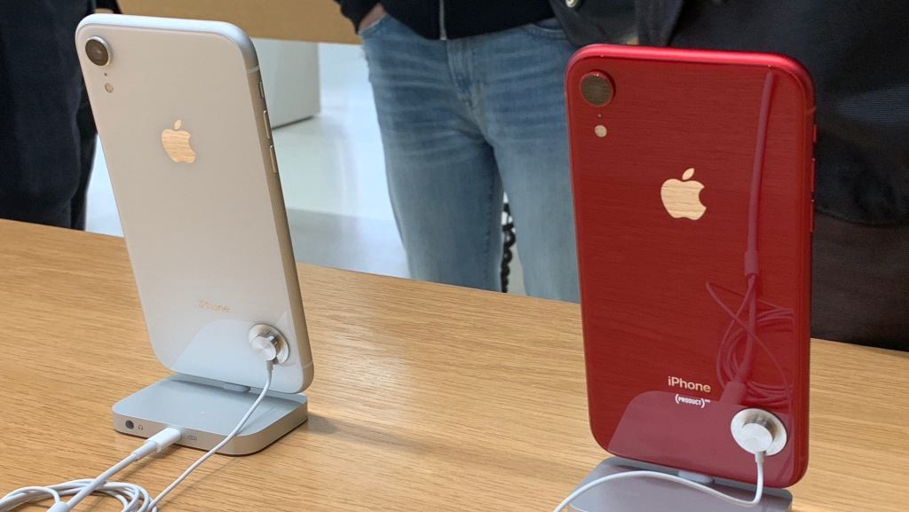 iphone xr product red review