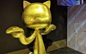 Golden GitHub cat introduced for 10th anniversary of GitHub