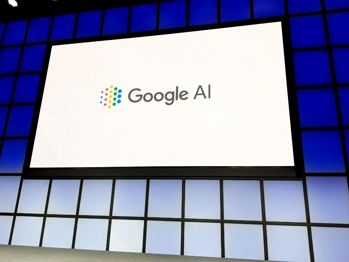 venturebeat.com - Khari Johnson - Google's Translatotron is an end-to-end model that mimics human voices