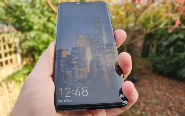 Huawei Mate 20 Pro: Front view