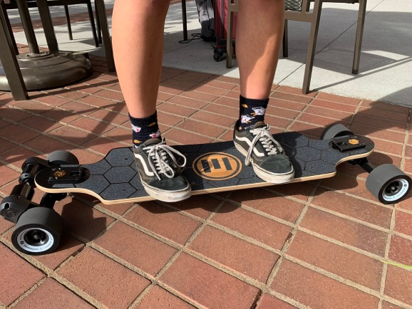 Evolve electric skateboard review — A speedy longboard, but be careful