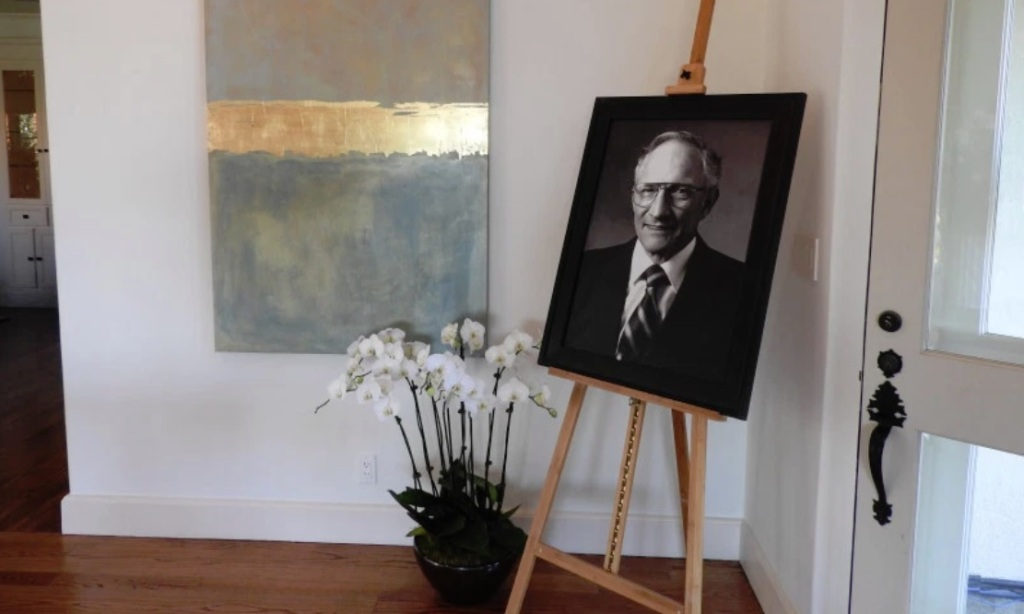 """Intel's """"architecture day"""" took place at the home of Intel cofounder Bob Noyce."""