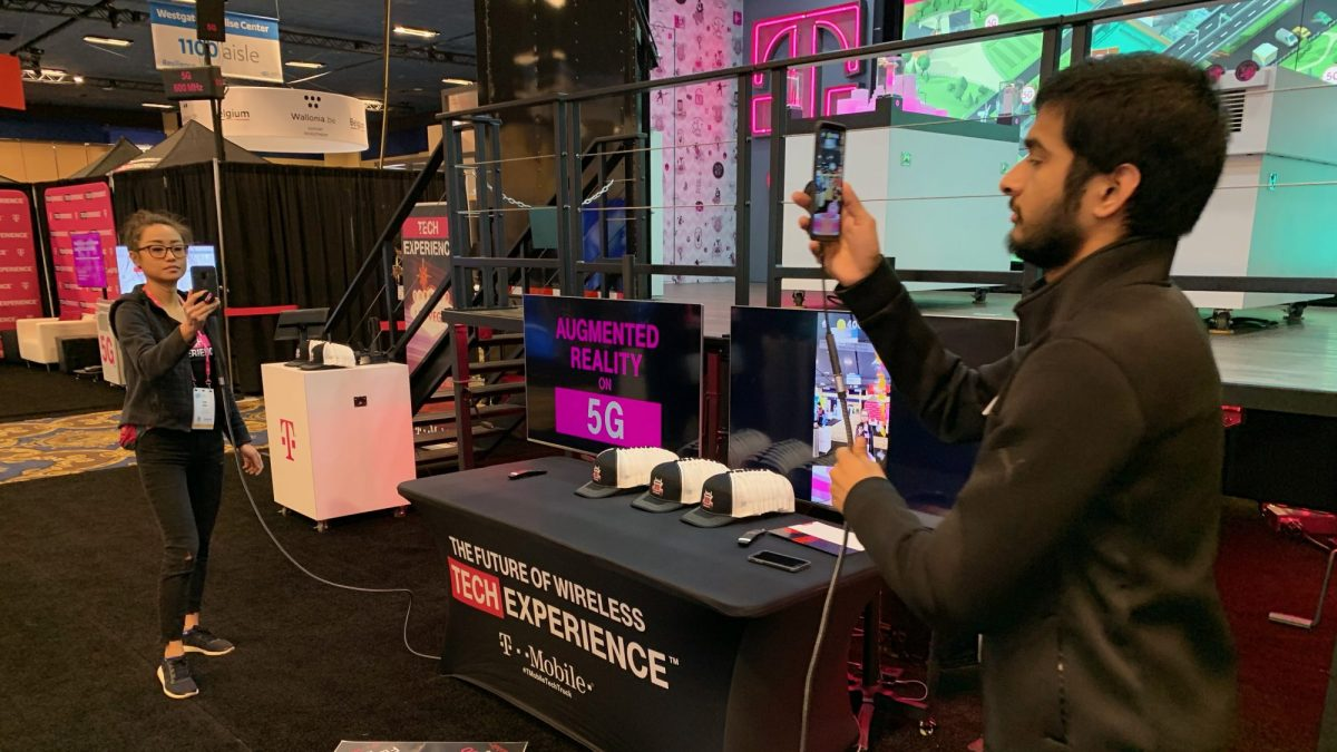 photo image CES 2019's mediocre 5G demos set the stage for a confusing year