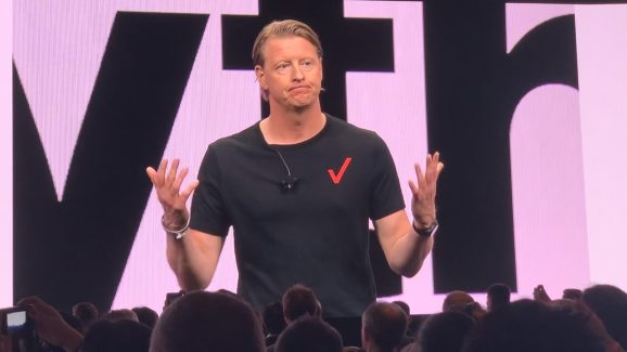 Verizon CEO Hans Vestberg discusses 5G at the 2019 CES.