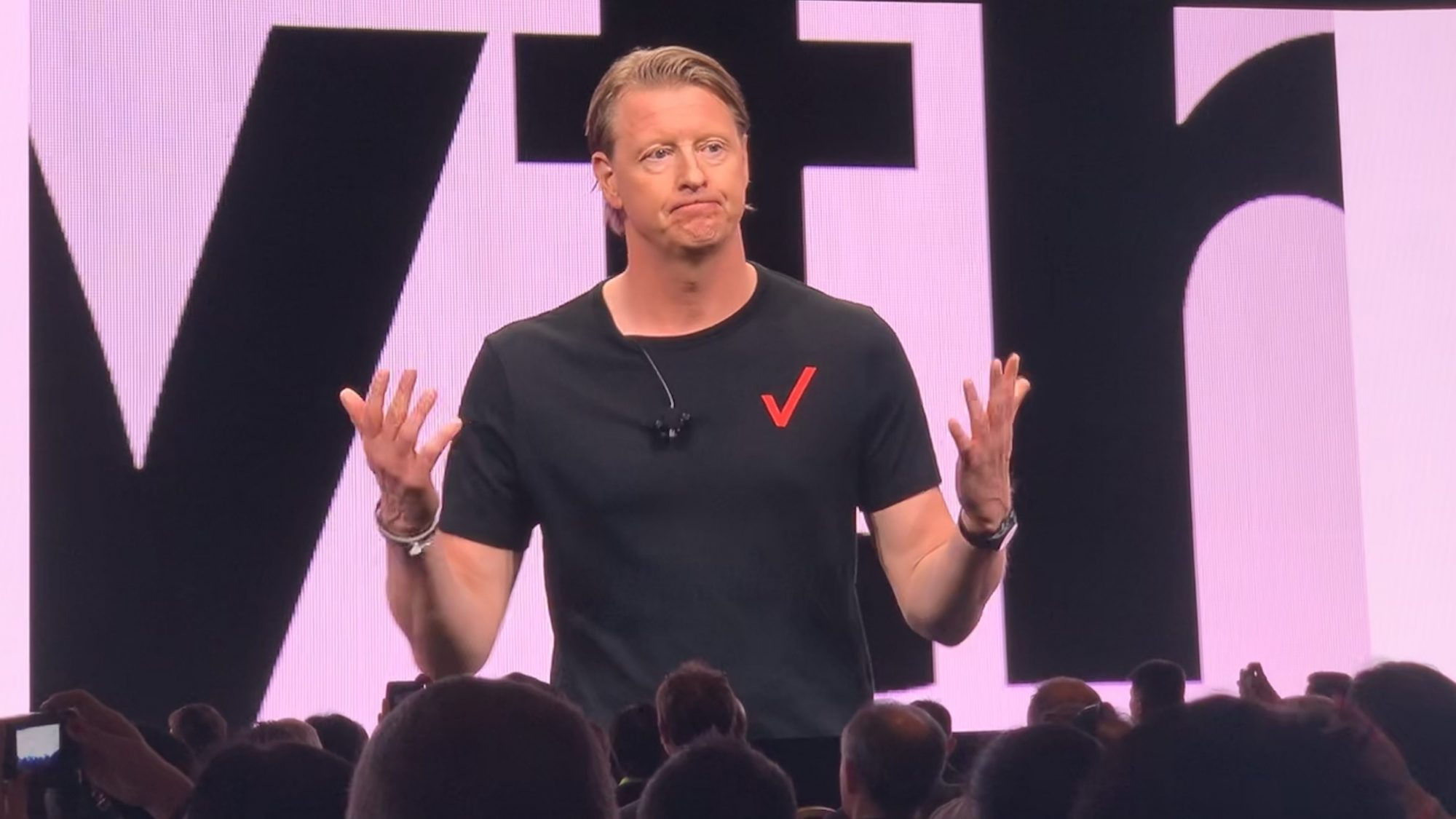 New Verizon Phones 2020 Verizon CEO expects 5G in 50% of U.S. land by 2020, 50% of phones