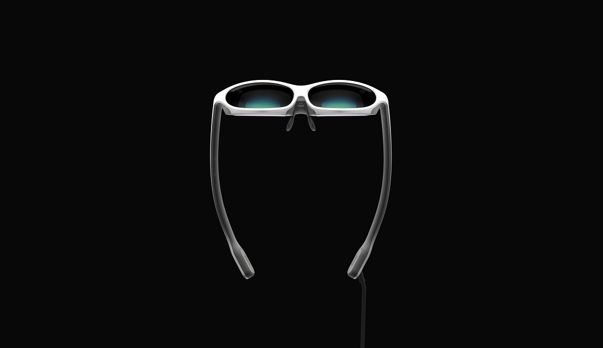 venturebeat.com - Dean Takahashi - Nreal raises $15 million and shows off its 3-ounce mixed reality smart glasses