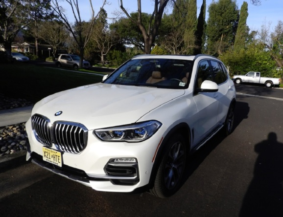 BMW X5 xDrive40i SUV is loaded with tech gadgets to entertain and protect you