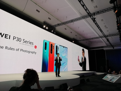 Huawei woos Europe with smartphones and 5G as hopes for U S  market