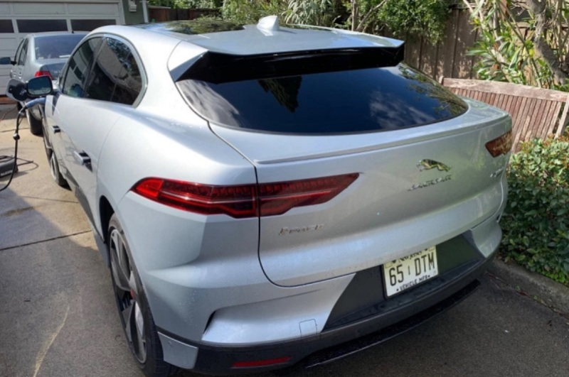 Electric car reviews -- hands-on with the Jaguar I-Pace and
