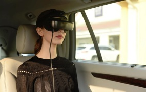 Luci Immers is a VR headset that taps the processing power of your smartphone, tablet, or laptop.