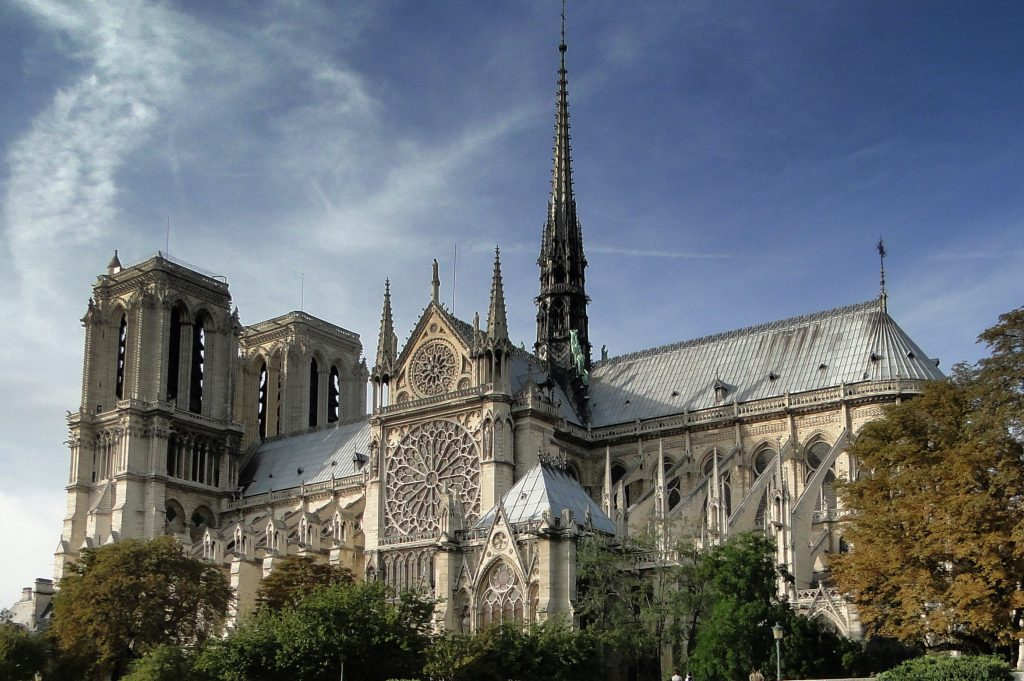 3 ways to see Notre Dame in VR
