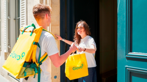 Glovo courier